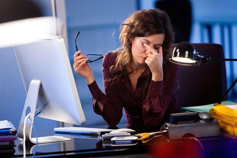 Что делать, если от компьютера болят глаза?