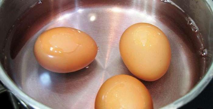 Как сварить яйцо с жидким желтком