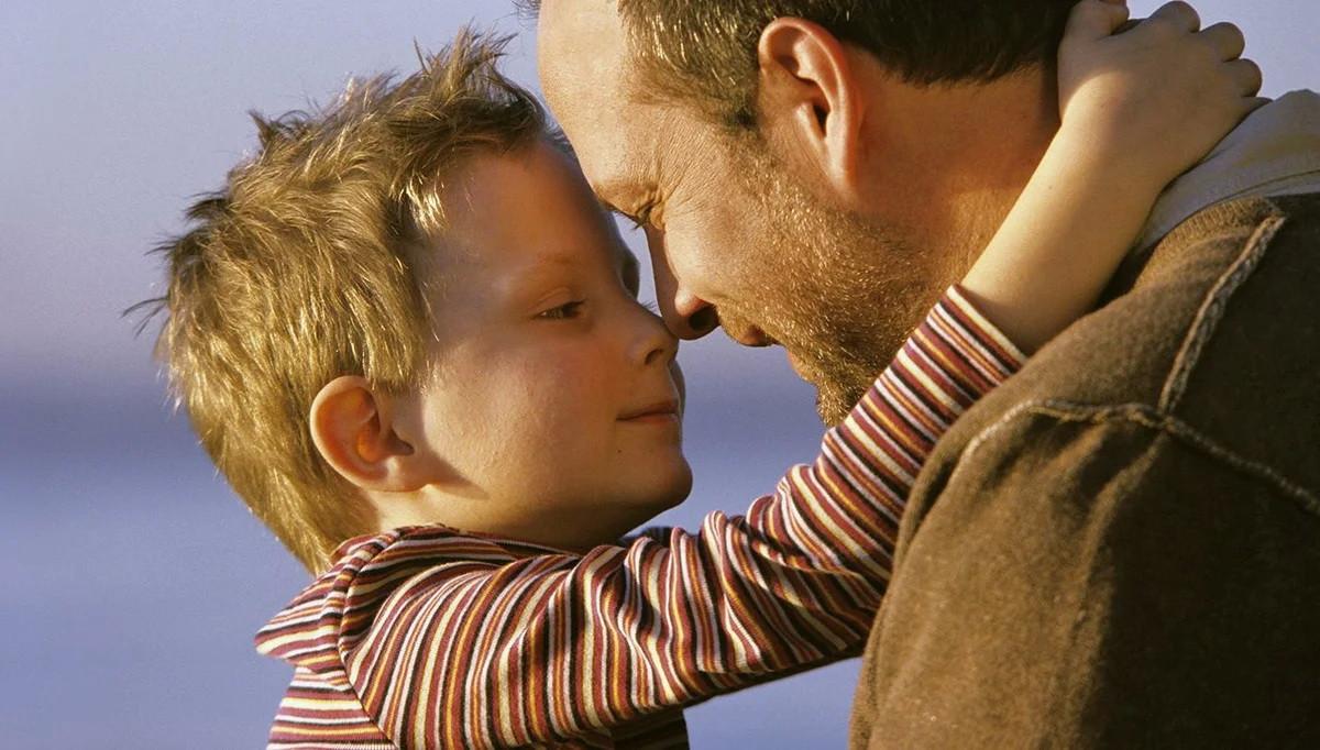 Однажды малыш попросил у папы 300 рублей. Узнав, на что ребёнку нужны деньги, отец онемел от удивления!