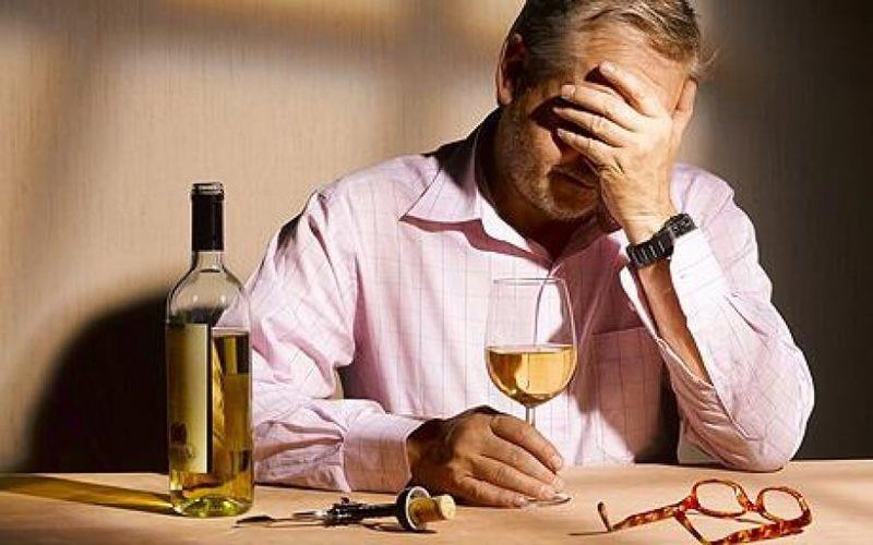 Откажитесь от алкоголя, если вам уже за 50 лет